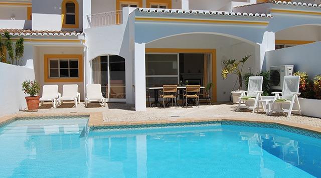Four Seasons Fairways 3 Bedroom Villa with Pool