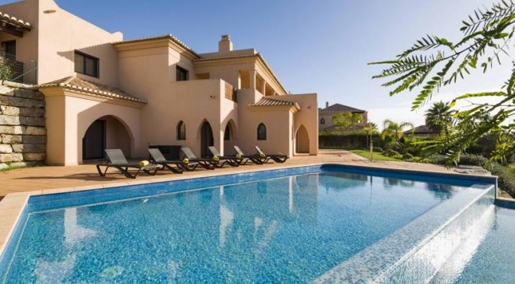 Amendoeira Resort - 5 Bedroom Superior Villa